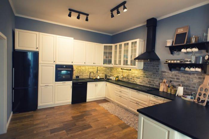 kitchen lighting ideas tracklights spotlights