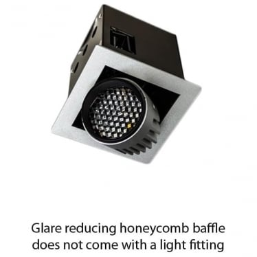 Glare reducing honeycomb baffle