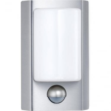 L 610 LED Wall light with PIR - silver