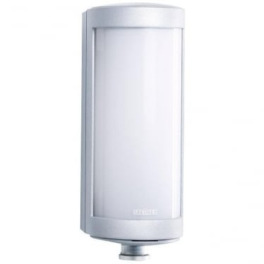 L 626 LED Wall light with PIR - silver