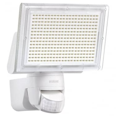 XLED Home 3 LED Floodlight with PIR - white